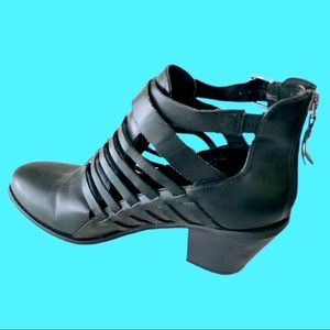 Guess ankle boots.  Size 9.5 black cutouts on side